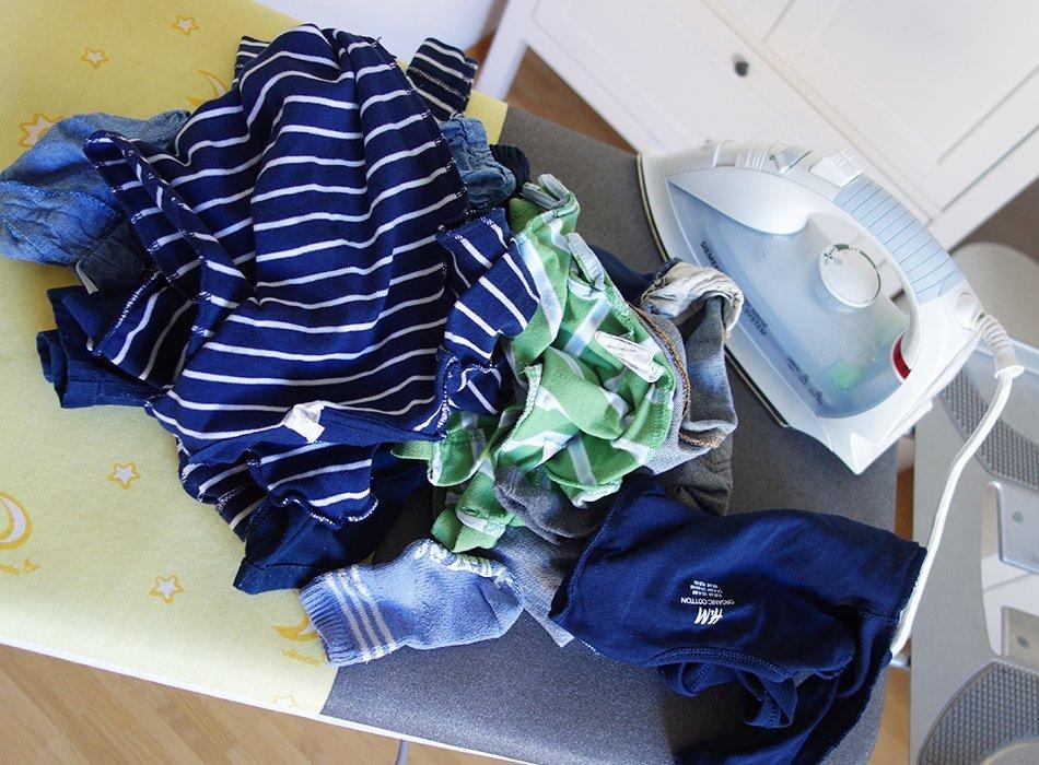 baby kleider bügeln waschen waschmittel säugling