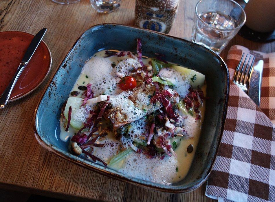 ekulele-Blog-Laube-Liebe-Hoffnung-Frankfurt-essen-Restaurant-Vegetarisch-4