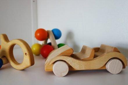 ekulele-babyspielsachen-holz-öko-mommytobe-schwanger-natur-waldorf-1