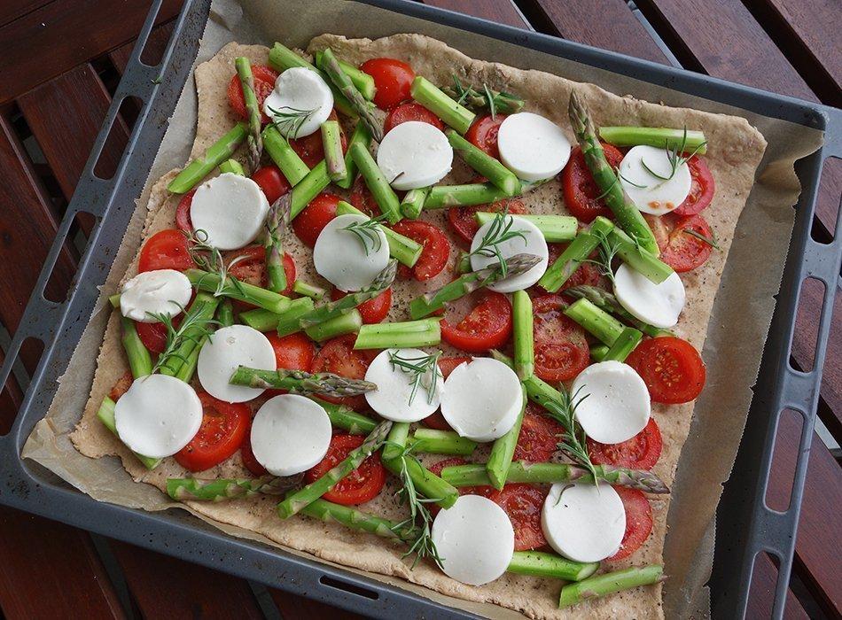 vegane pizza, spargel, ostern, brunch, gesund, einfach, ekulele