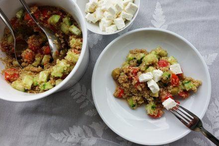 ekulele, quinoa, salat, feta, gesund, vegan, leicht, sommer