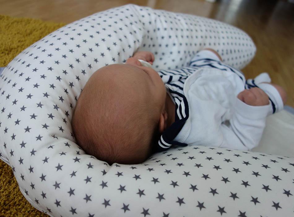 10 Tipps zum Stillen, meine Erfahrungen ekulele mamablogger milch baby stillen 1