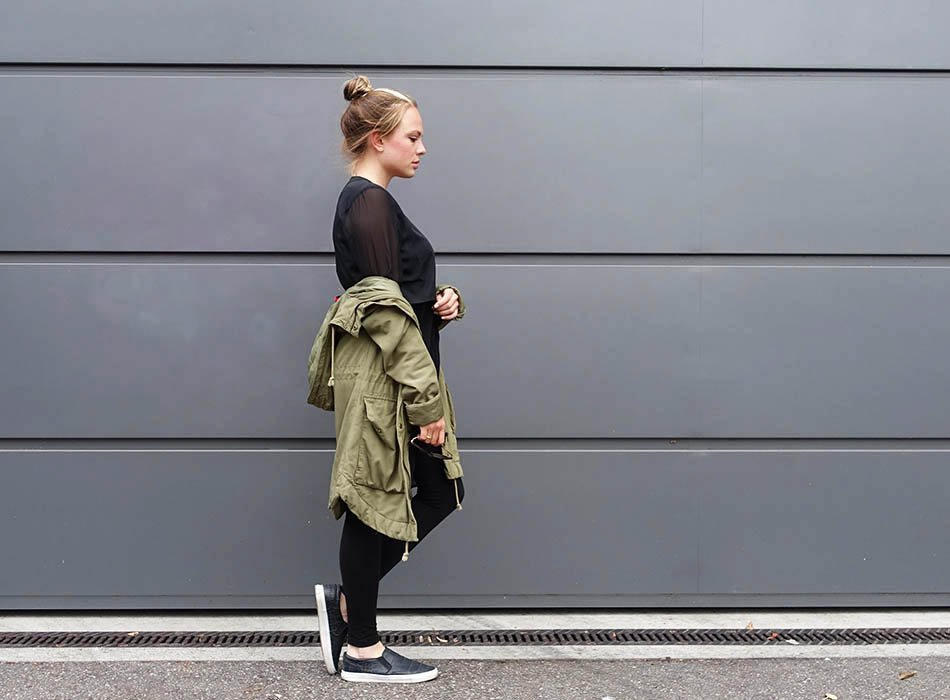 Herbst Outfit 2015 allblack Parka Flats schwarz casual