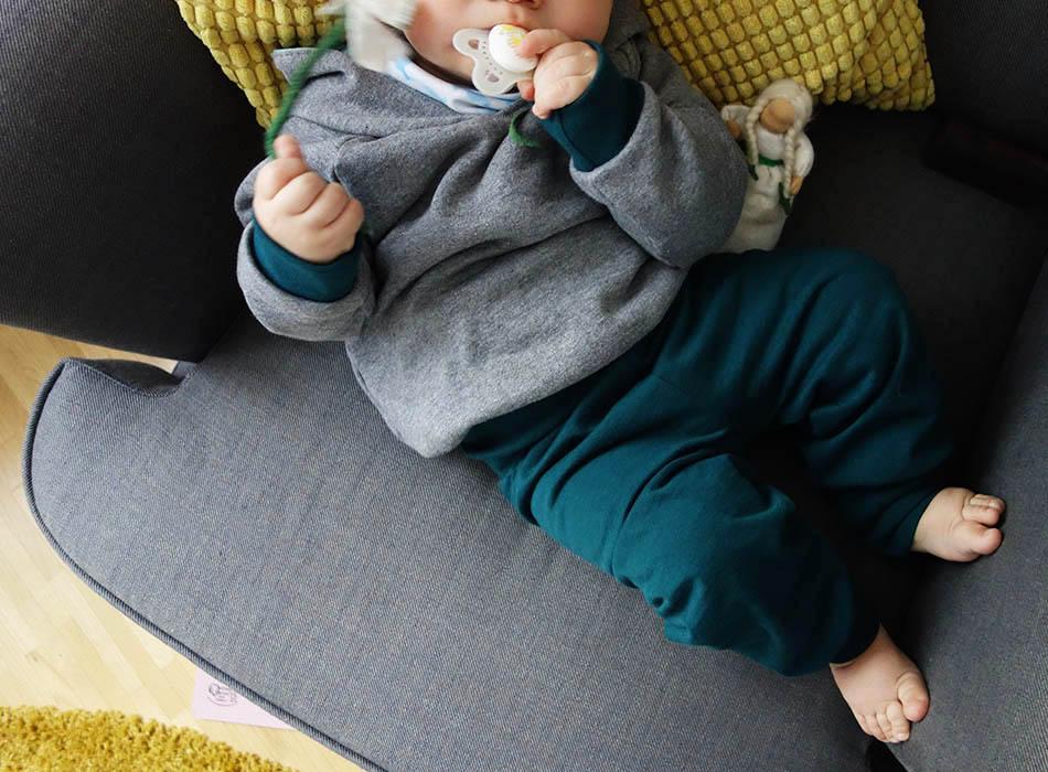 carlique stylische bequeme bio mode f r babys und. Black Bedroom Furniture Sets. Home Design Ideas
