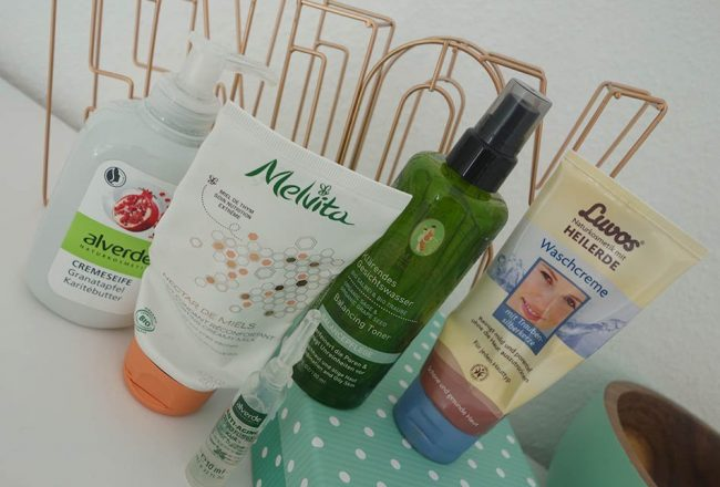 Naturkosmetik, ekulele, beautyblog, nachhaltig, bio kosmetik, gesichtswasser, gegen pickel, bio seife