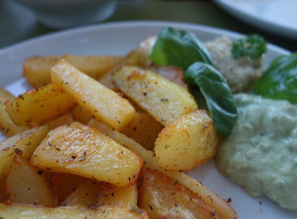 Esslust - Pflanzenbasiert, gesund und bunt, ekulele, ekulelefood, vegan, essen fuer kleinkind, leckere smoothies und pulver, Pfannekuchen mit Zucchini (3)