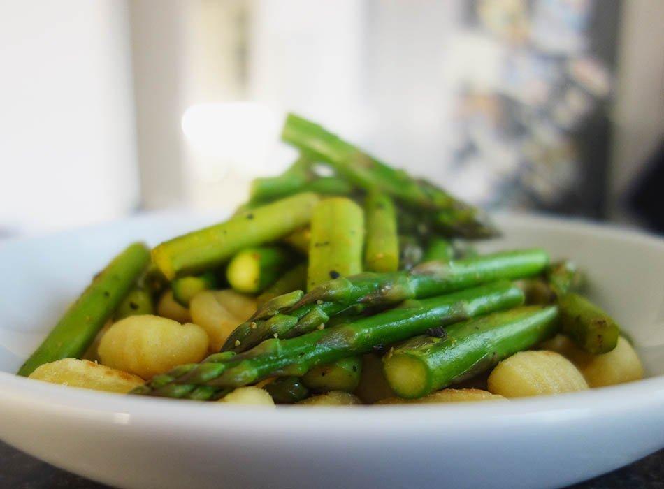 Esslust - Pflanzenbasiert, gesund und bunt, ekulele, ekulelefood, vegan, essen fuer kleinkind, leckere smoothies und pulver, Pfannekuchen mit Zucchini (4)