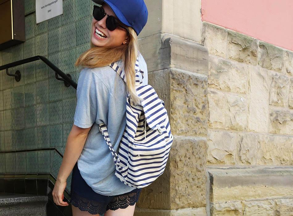 Mix it! Leinen, Spitze, Streifen und Basecap, funktionschnitt leinenshirt, streifen rucksack, basecap kombinieren, mumstyle, mamablogger, ootd, lookbook, streetstyle, karlsruhe, ekulele (4)