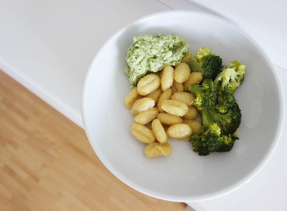 speiseplan f r kleinkinder eine woche gesund saisonal und vegetarisch ekulele. Black Bedroom Furniture Sets. Home Design Ideas
