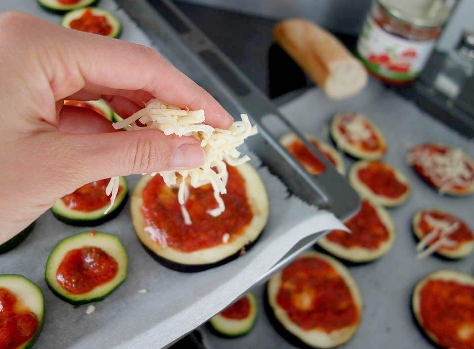Schnelle Antipasti - Low Carb Pizza, ekulele, pizza ohne teig, italienische vorspeise, ekulelefood, foodblog (2)