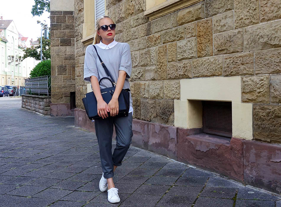 ekulele, streetstyle, jogginghose, bluse und sneakers, mamablog, mumlife, ootf, lookbook germany