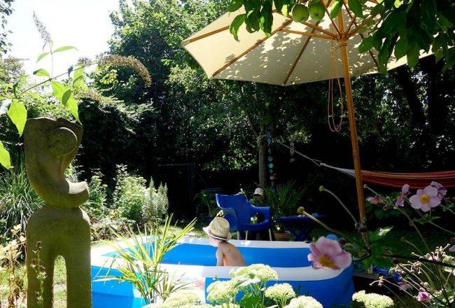 Urlaub im Garten - ein perfekter Sommertag, ekulele, sonnenschirm, gartentag, schoener garten, urlaub daheim, mamablog, sonntag im garten (1)