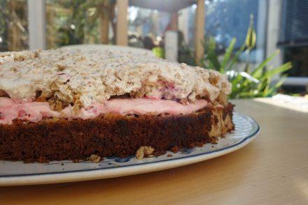Torte mit Haferflochen, kuchen mit hafer, ekulele, foodblogger, beste torte