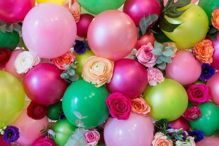 ekulele, naturkosmetik,. beautyblog, neuheiten, news, event, blumendeko, hochzeit, wand, fotosession, ballons, pink und grün