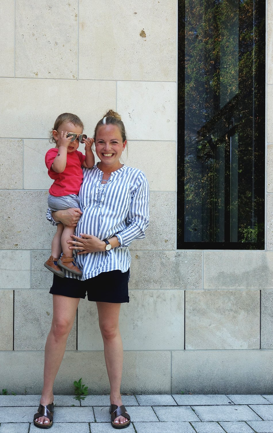 frauke, karlsruhe, mamablog, haus solms, streifen, umstandsmode, schwangerschaftsmode, style the bump, mum and son, family, quality time, styleblogger, vegan shoes, kinderschuhe
