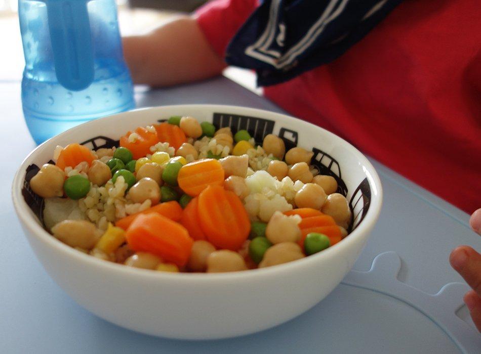Vegetarisches Essen für Kleinkinder, Rezepte und Inspirationen, ekulele, mamablog, bulgur, kichererbsen, TK gemuese, schnell, einfach, lecker