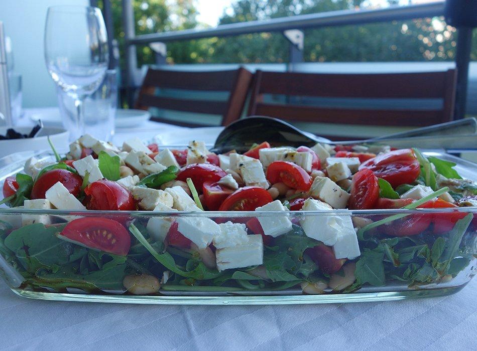 Schneller Sommersalat mit weißen Bohnen und Rucola - Ekulele ...