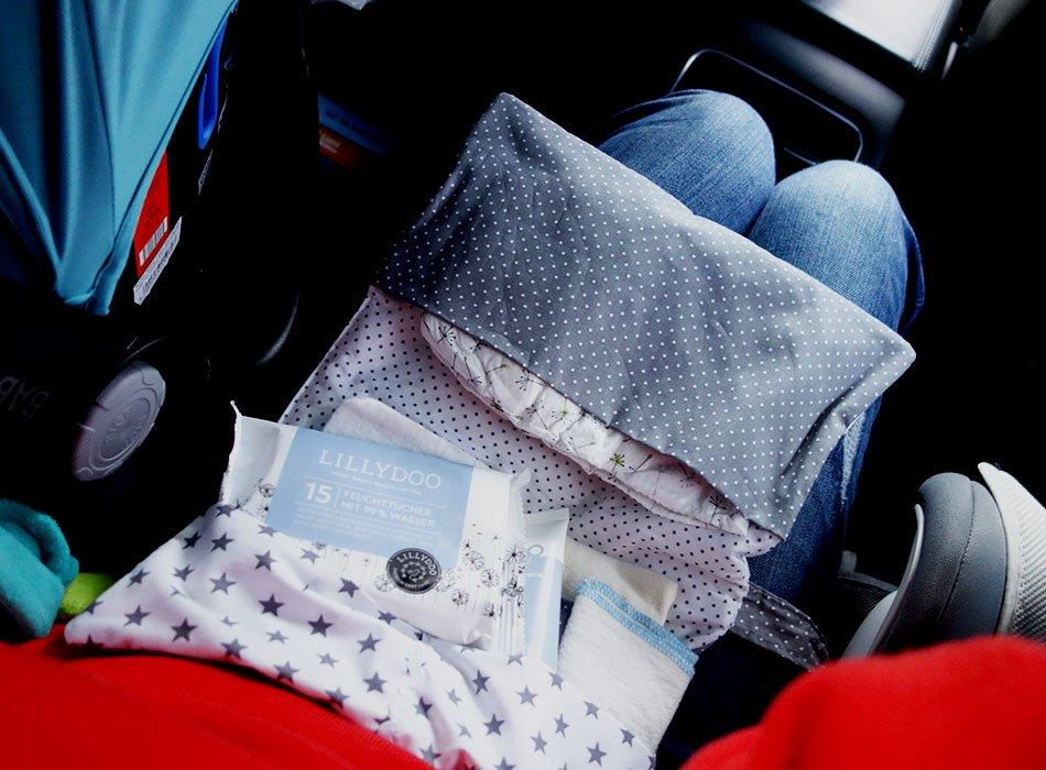 windelexplosion auf der autobahn ein hoch auf feuchtt cher und mamas oberschenkel ekulele. Black Bedroom Furniture Sets. Home Design Ideas