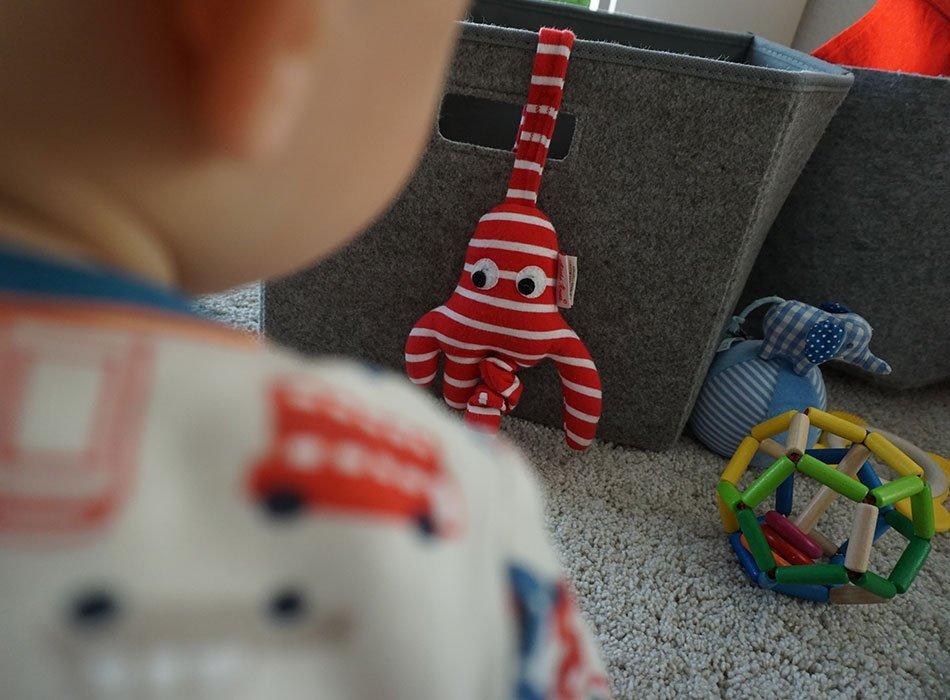 Babyspielzeug, Bio, waldorf, hochwertig, krake, Babyschale, Spielzeug