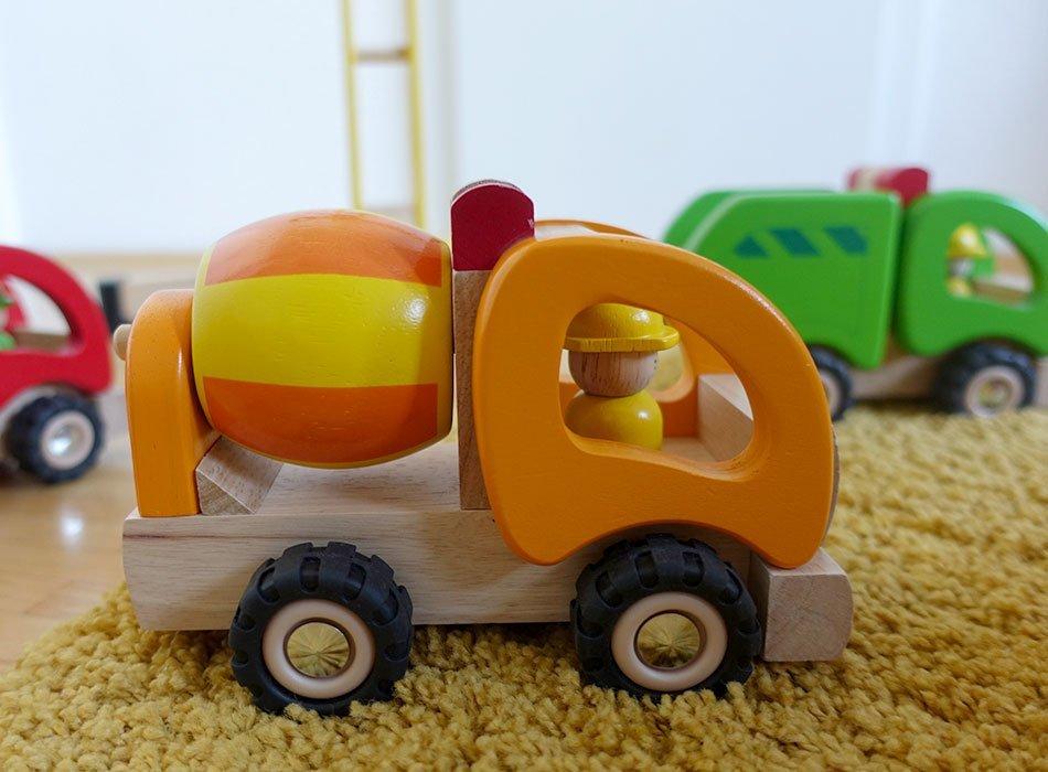 Fahrzeuge, Holz, Bio, nachhaltig, Tipp, Geschenkideen, erster Geburtstag, Kleinkind