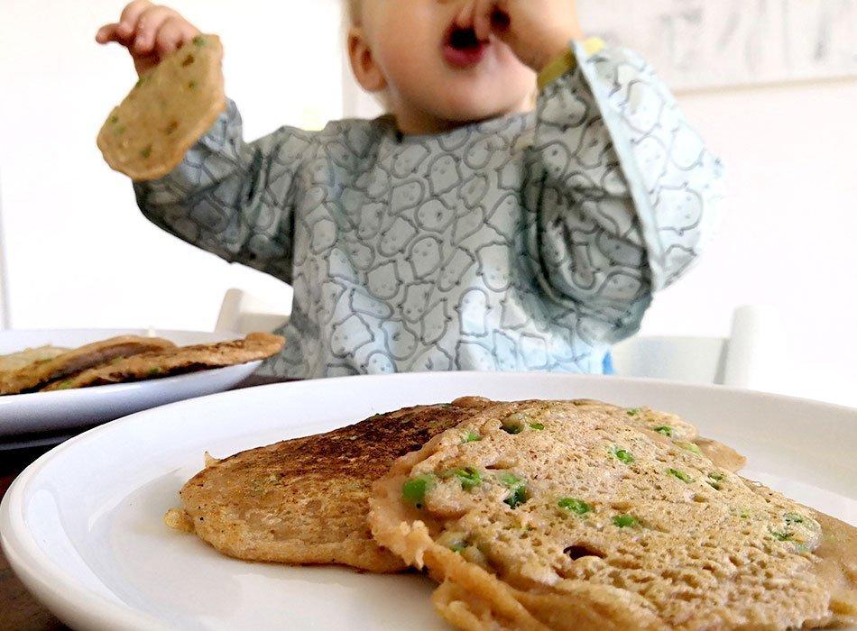 Herzhafte Pfannkuchen, vegan kochen, Kinder, MIttagessen, gesund und schnell, TK Erbsen backen