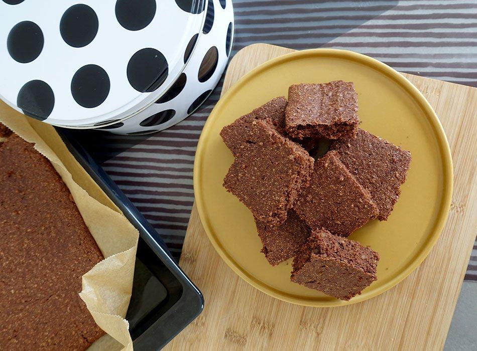 vegane Brownies, gesund backen, zuckerarm, Kuchen für Kinder, Schokokuchen ohne Ei