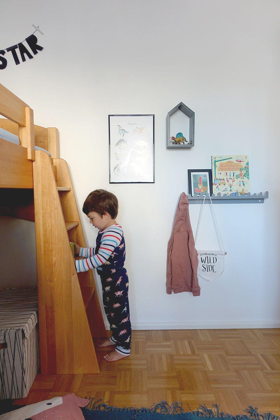 Morgenroutine, Kinderzimmer, Dino, Jungszimmer