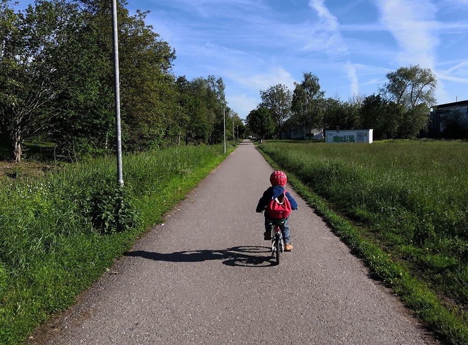 Drei Jahre, Kinderfahrrad, 14 Zoll, woom bike