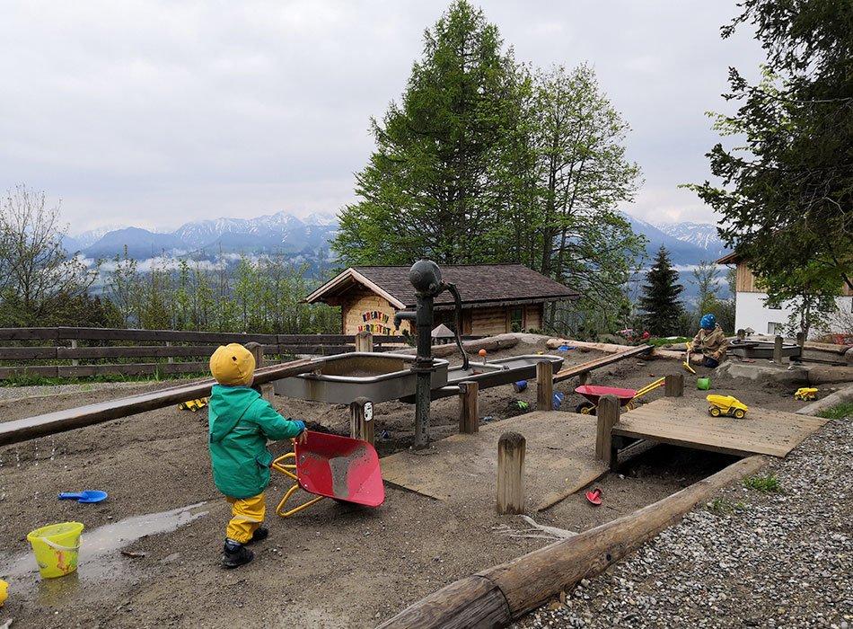 Allgäuer Berghof, Familienhotel, All Inklusive, Deutschland, Sommerurlaub, Wetter, Spielplatz