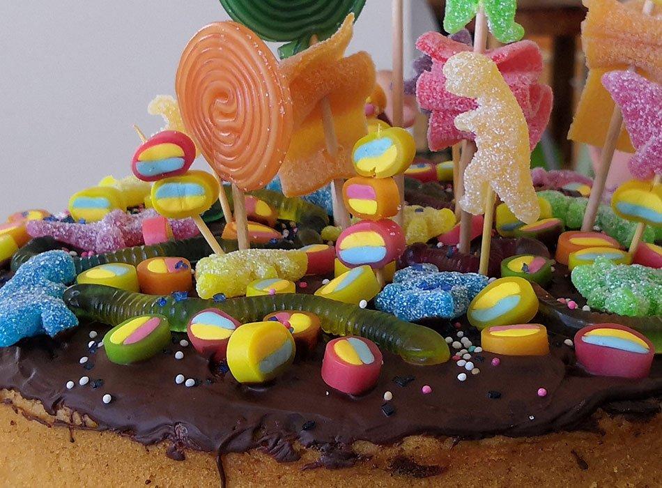 candy cake, vegan backen, Kindergeburtstag, Marmorkuchen, Milchfrei, Rezept, ekulele