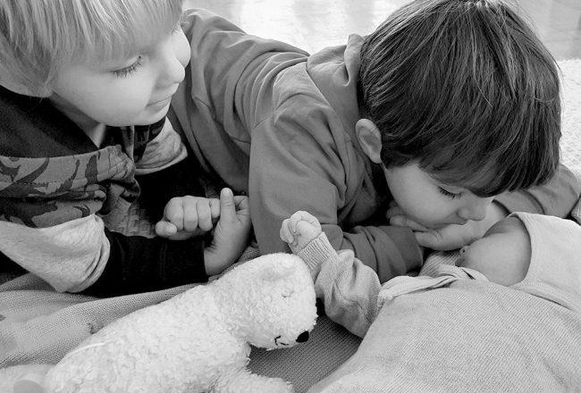 Fünfköpfige Familie: so geht es uns mit drei Kindern
