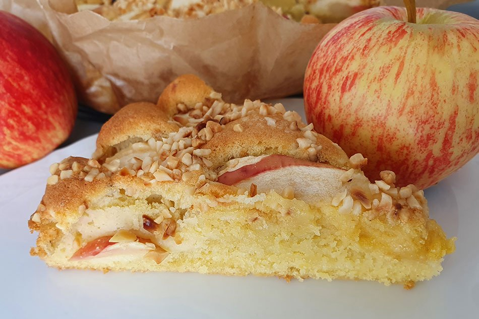 Apfelkuchen mit Nüssen: glutenfreies Rezept